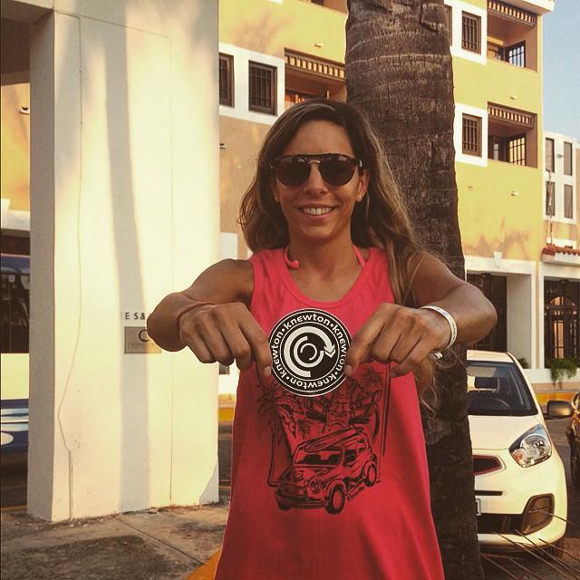 Oiieee Sshicaaa! Tu si que tiene estilo! Mily representssss en Cuba! #TRIP #FRIENDS #CUBA #ROLAQUEROLA #BEACH #HOLYDAYS #TRANKASTYLE #CONEXIONNATURAL #KNEWTON