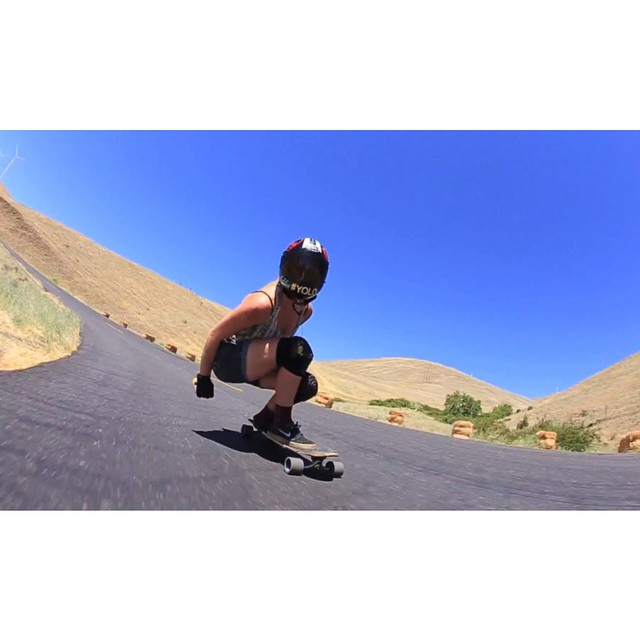 Our gurl @amandapowellskate just dropped her latest video charging down Maryhill. Filmed by @mattkienzle & edited by her. Go to longboardgirlscrew.com to check it out. Multi-talented, anyone?  #longboardgirlscrew #girlswhoshred #womensupportingwomen...