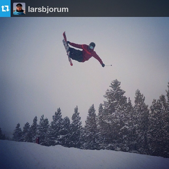#Repost of @larsbjorum on the Switchblade from the World Cup Slopestyle practice at Breckenridge today. PC: @oysteinbraten