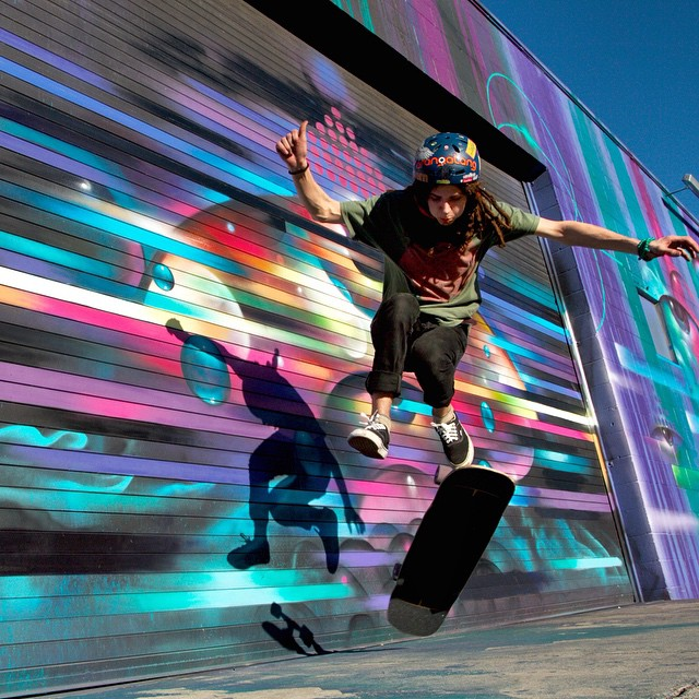 Justin Gallitz 3flip in front of a @vyalone piece in #LosAngeles on the #Kanthaka