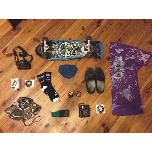 C A L I F O R N I A | essentials