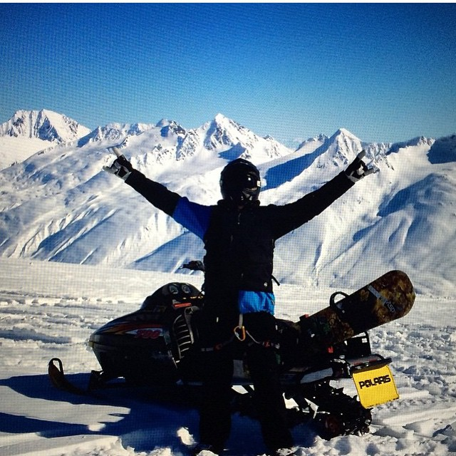 I made it back to @tailgatealaska - me and my brother Brad are gonna have the time of our lives! #thankyousnowboarding #justreset #forridersbyriders #MarkSullivanandRasmussenareGz