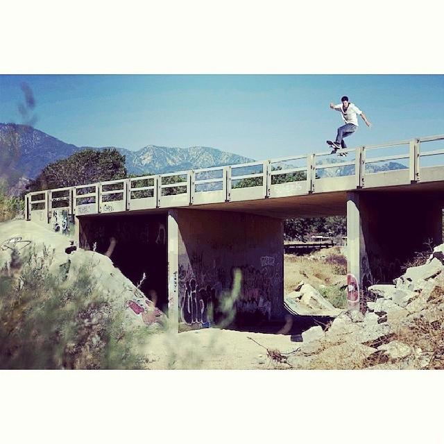 @geoffrowley fotografiado x @aacostaa #skate #skateboarding #skatevans