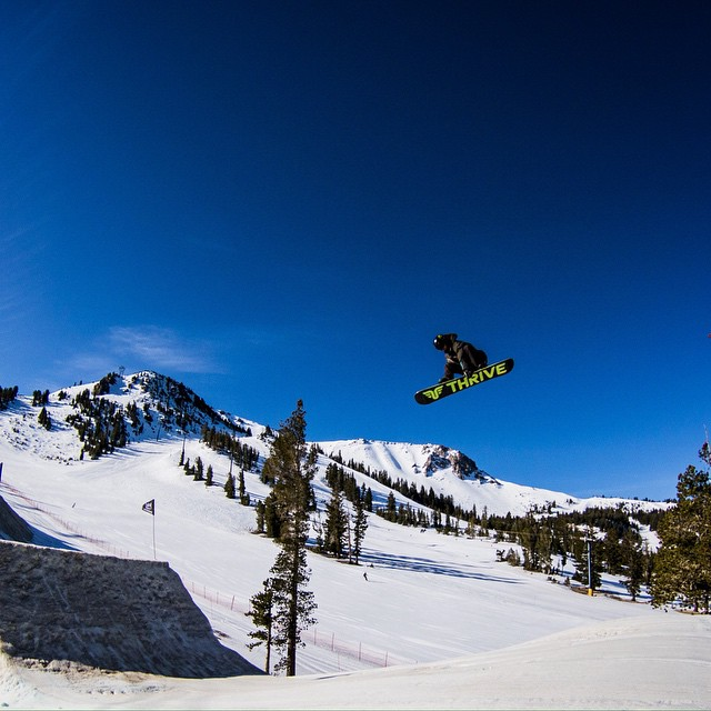 Throwing down at Mammoth @mammothunbound #parklaps #renegade #thriving