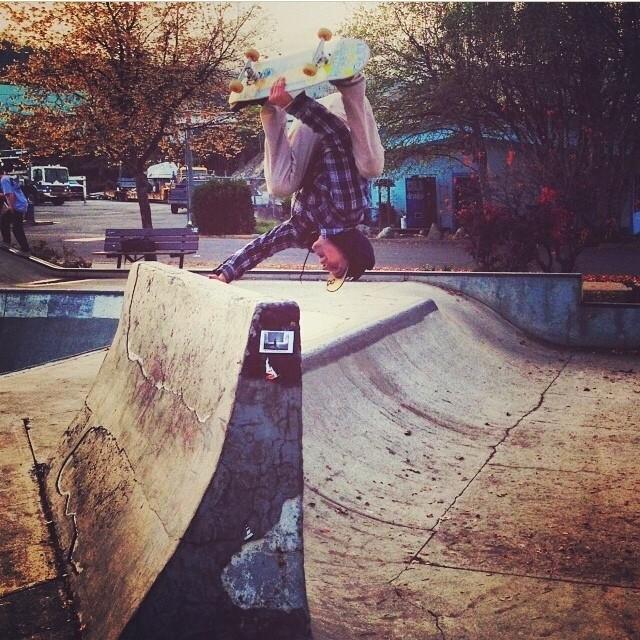 #regram from iNi ambassador @jamiejacobson8 . #HandPlant at #Ashland #Skatepark from the @libtechskate Lib Legs tour .
