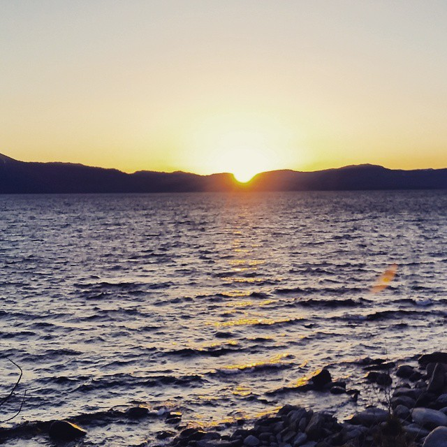Beautiful evening out enjoying another #tahoe #sunset #beauty #outdoors #tahoesunsets #graniterocx