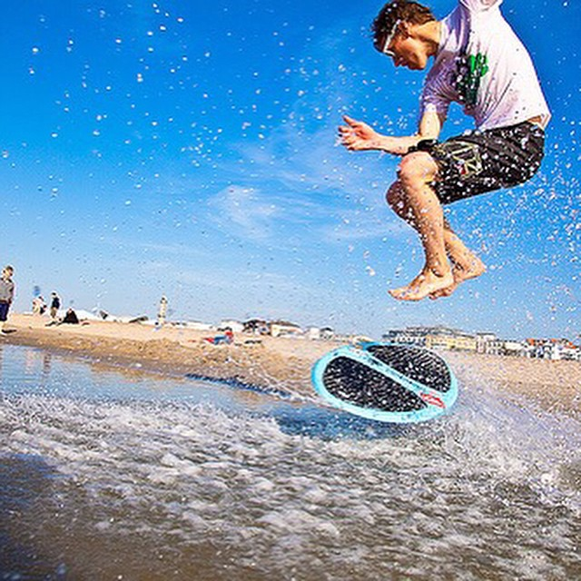 Little Spring Break #skimboarding is always a #GoodIdea #revabalance #balance #skimboard #skimboarder #CatchIt #RideIt #Boarding #BoardSports #BeachLife #Instagood #Picoftheday #Catchair #beachlife #balance #springbreak