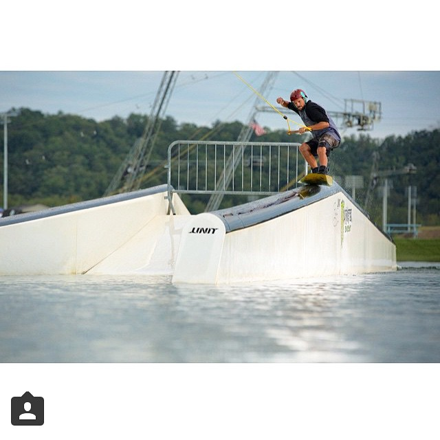 @jefferson_mathis back when he was filming for pretzels & bagels edit | #terminuswake #wakeboard #slingshotwake #stzlife #shredreadyhelmets #spinin #spinout #happyshredding #stayoutside