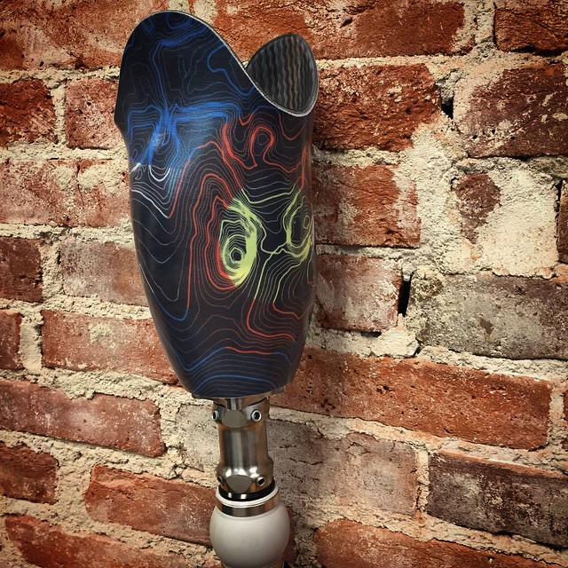 What do you know about a Red Rocks TOPO prosthetic leg? #kinddesign #redrocks #prosthetic #artthatmoves #bekind #liveyourdream @thecotery