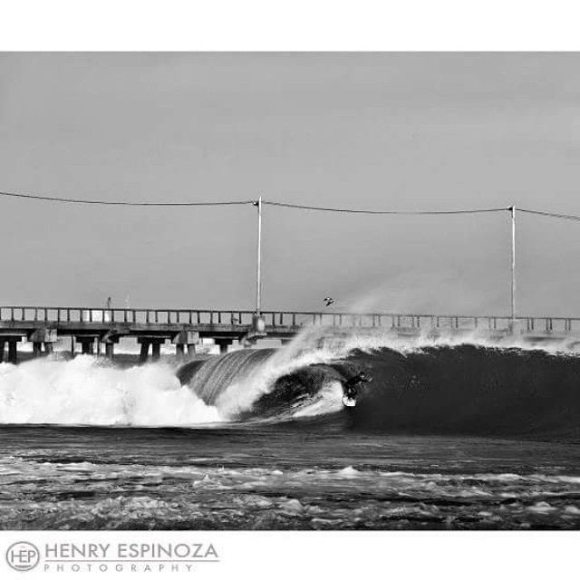 Another rip roaring #Lobitos shot from @heplobitos at the pier. Sooo many good waves pass through the area!