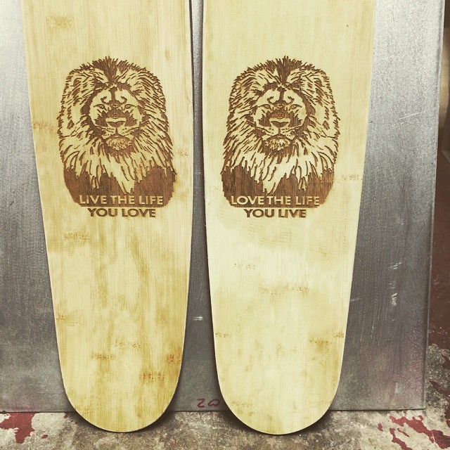We want your skis to be unique... #personalization is our bag baby... #reallionmon #rastafari graphic for our own all acc buddy... #skiing #skis #Colorado #handcrafted #builtbyshredders #loveineverypair #bamboo #renewable #recyclyed #reduce #reuse...