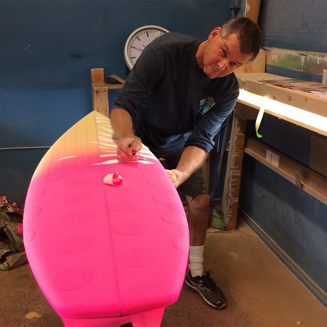 Hanging with Richie Skeletor Collins while he shows his techniques in air brushing his epic shapes. #richiecollins #skeletor #airbrush #surfboard #bbr #buccaneerboardriders