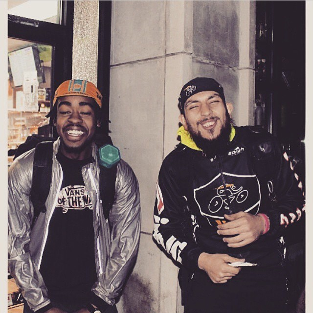 Whether riding or posting up, @kaptainbajabuckets and @friedchickenandbikes know how to crank up the music! #crankshift #streetkings #fixedgear #NYC #boombotix