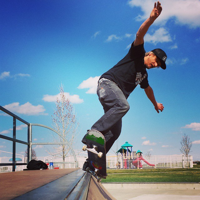 The snow melted Colorado. @robbak138 #coloradoskateboards #builttogrind