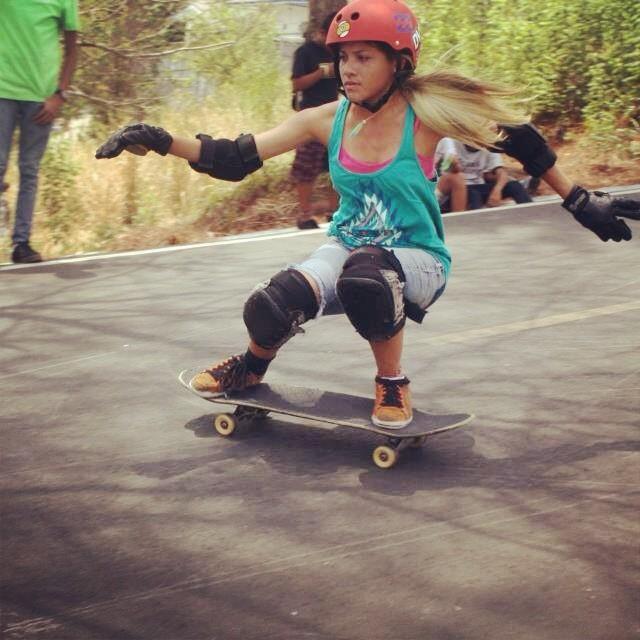 Fast tech slide style. Grace vargas from panama city. #techslide #longboardgirlscrew @sector9 #keeperpty #dvspty #billabongpty rider: @gracevargas25