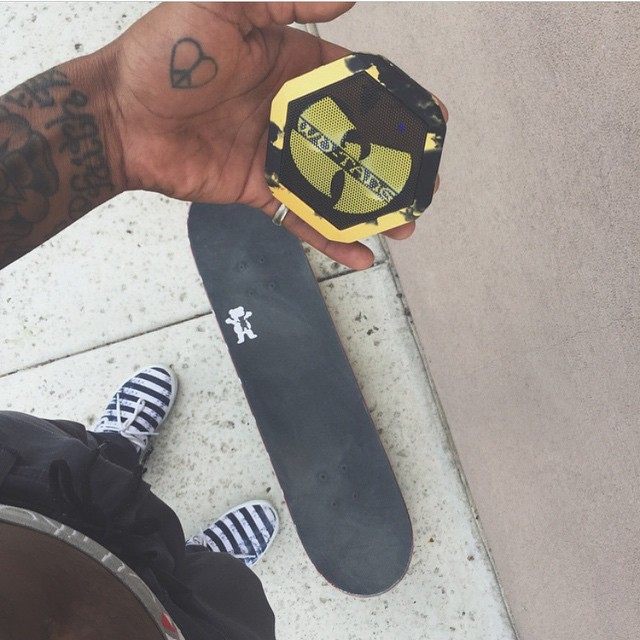 @boojohnson just got his hands on the #WuTang Boombot REX. Got yours yet?