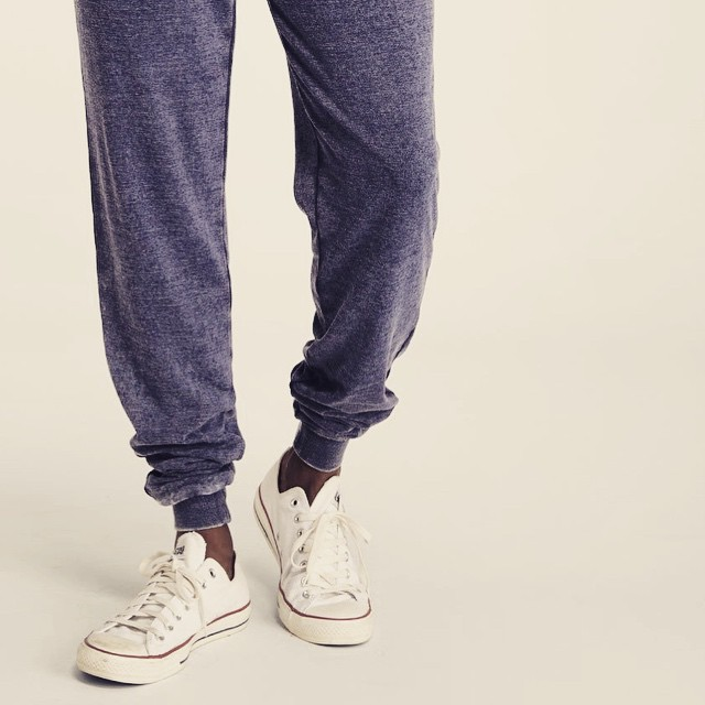 Sunday sweats. #amirite #lazysunday #comfy #sweats #chucks #guys #spring #style #holiday #weekend #brunch