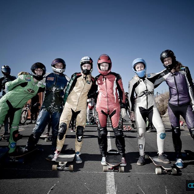 LGC South African ladies! Check these rad girls going down hills in longboardgirlscrew.com LGC SA race division is looking good!  #longboardgirlscrew #girlswhoshred #womensupportingwomen #girlsinleathers #lgcSA #southafrica