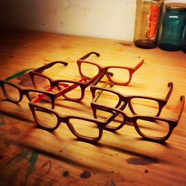 Nueva tanda de anteojos para la colocacion de lentes con aumento! #ufit  #ufitargentina  #sunglasses  #recycledsunglasses  #recycled  #anteojosdeskate  #anteojosdemadera  #anteojos #reciclado #eco