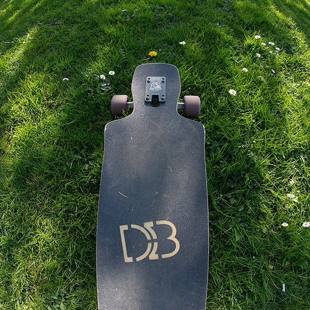 The Dyad V2 taking it easy after a session. #longboard #longboarding #longboarder #dblongboards #goskate #shred #rad #stoked #skateboard #skateboarding #skateboarder #longboardlife #_longboardstyle #world_longboard #concretewave