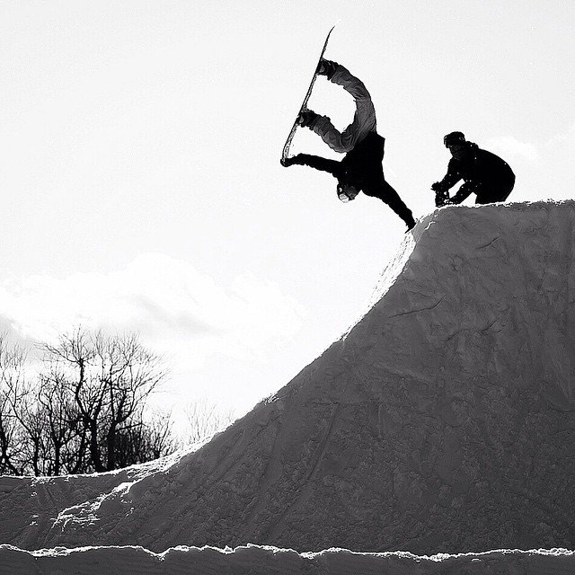 We got a Motley Crüe out at #superpark19 this year! @bradylem getting down on a hand plant