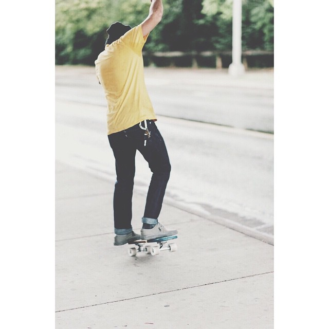 @juliandente on an oak cruiser. #handmadeskateboard #oakcruiser #Nashville