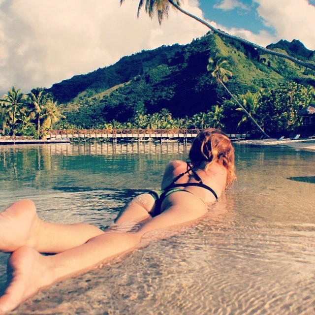 Bora Bora days spent with mermaid @babeinthewaves in our Supercheeky Bottom & Pin Up Top #getoutthere #borabora #miolagirl #bikiniinthewild #takemetheretuesday