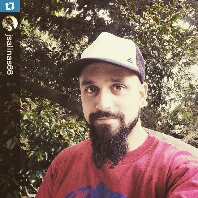 #Repost del cantante de #Clay !! @jsalinas66 genio!! ・・・ Gracias @vitacaps por la gorra swaggera! 《《No te olvides de entrar en goodpeople.com/vita para comprar todos nuestros modelos!》》 #VITA #VitaCaps #LifeStyle #Leonidas #GoodPeople #Beard #Singer...