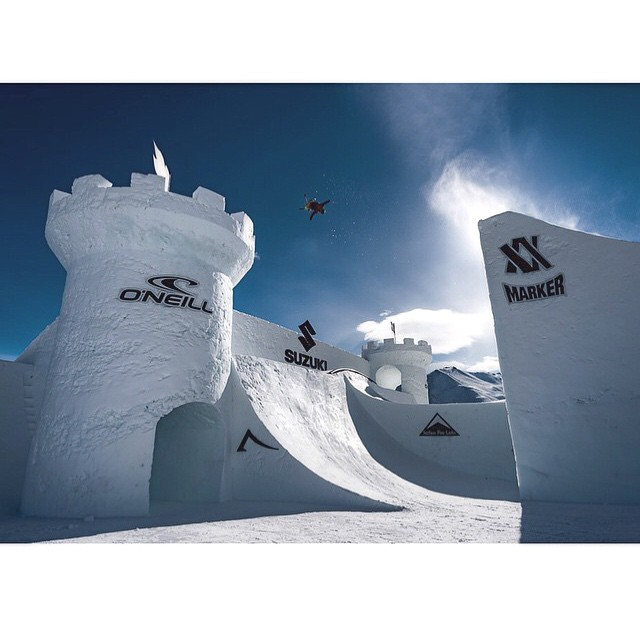 Time for Nine Knights and @mrdavidwise throwing it down. #shapingskiing  photo: @nineknights