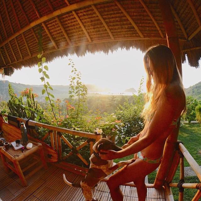 Buen día desde #indonesia @agustinacerruti  #loombok #bungalow #suprise #neverland #travel #reefteam #reefargentina