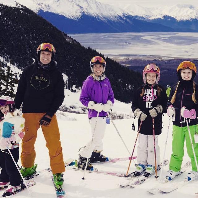 A family that skis together stays together! #family #skitrip #alaska @resortalyeska #skiing #skilikeagirl #JustSendIt #fulsendfamily #sendit