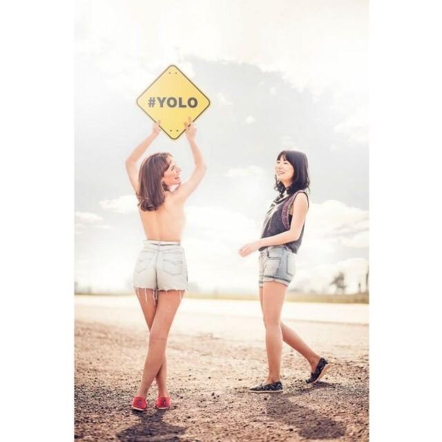 Nuestro acrónimo favorito #YOLO (You Only Live Once) #letsdoit #dreamjumpers #paezshoes #paez #aroundtheworld
