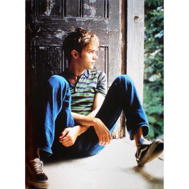 Hablemos del style del joven Damon Albarn con sus #OldSkool matadas