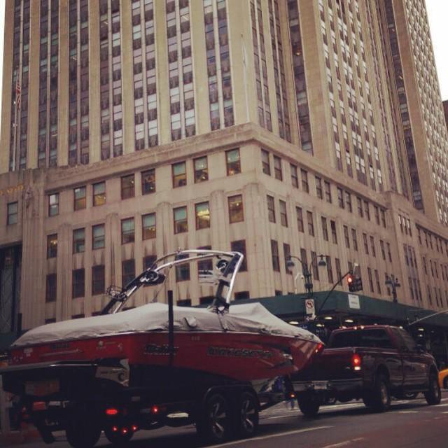 Winter is not over yet, but, #wakeboard season is coming! #nyc @malibuboats great shot @zayjmad191 #endlesswinter #empirestate #lakelike #JustSendIt are you ready @ryehoff @lindseyjacobellis @kelsjohnson12 @kateemcneil @blackboatblacktruck...