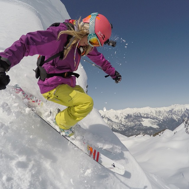 @LynseyDyer kicking of the GoPro Snow Athlete Camp takeover with some steep turns over a sweet backdrop #GoPro #GoProGirl #CMHHeli
