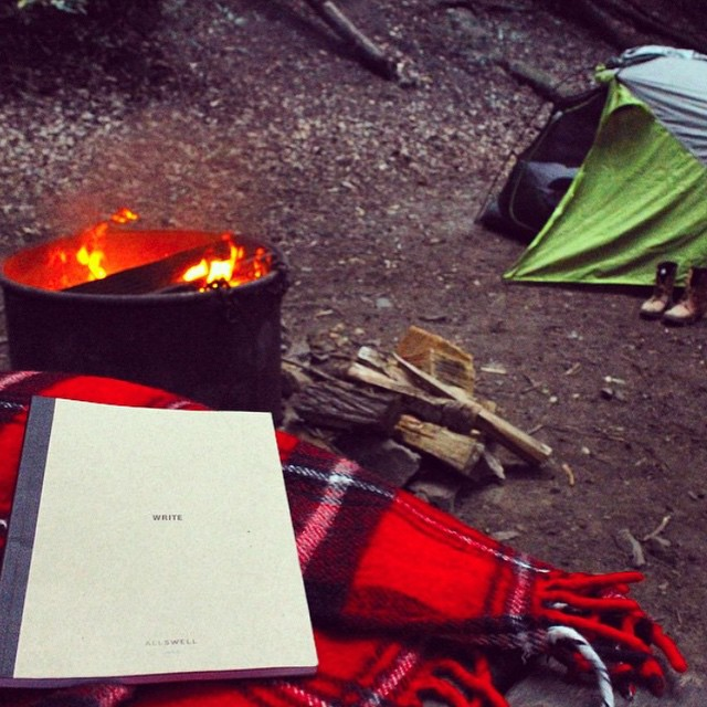 Writer @caitlinthornton shows us how she parties with AllSwell in Big Sur: unplugged by a campfire, no bottle service #AllSwell