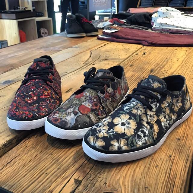 Nuevas Lo Fi llegaron a #VolcomStores les presentamos de izquierda a derecha: Paisley-Gardenia-Skull #VolcomFootwear #Aw15 #TrueToThis