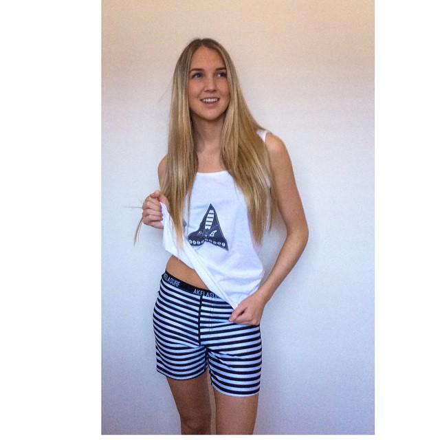 #AkelaSurf #Ambassador @anouckross #fashion #surfswimwear #activegirl