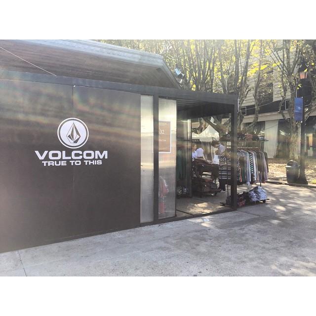 Ultima semana de #Volcom en #LuxuryOutlet  hasta el Domingo 19 de Abril: productor discontinuos y temporadas anteriores.