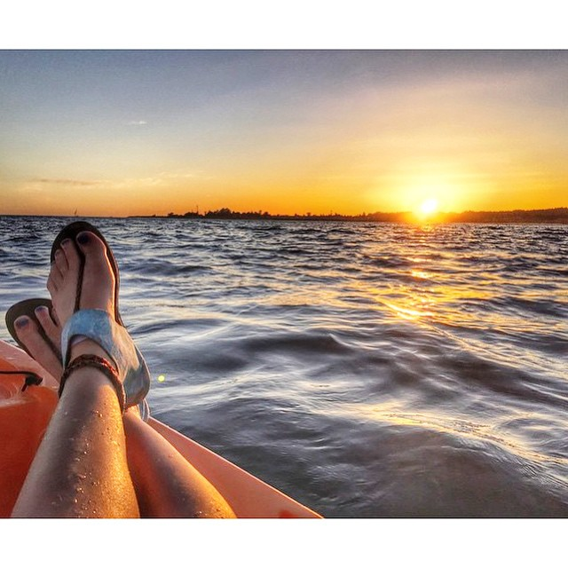 Earth, Sun, WATER, and just a little wind, a perfect elemental combination ✌️ regram via @_lisamarie89 #ikhanna #sunsetsundaze #soleswithsoul