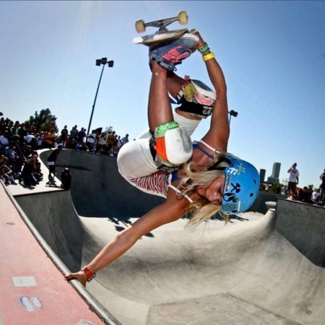 Female rider with a #handplant #respect #revbalance #findyourbalance #boardsports #skateboarding #skate #skater #skatergirl #girlswhoride #ride #halfpipe #skaterchick #rideit