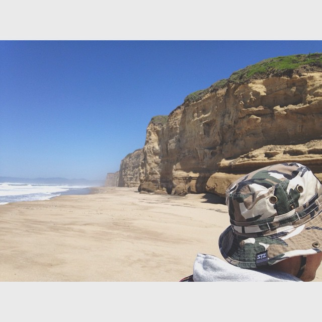 S T A Y  O U T S I D E | explore more and enjoy your week! | #stzlife #happyshredding #exploremore #stayoutside #beachvibes #buckethat #california #gooutside