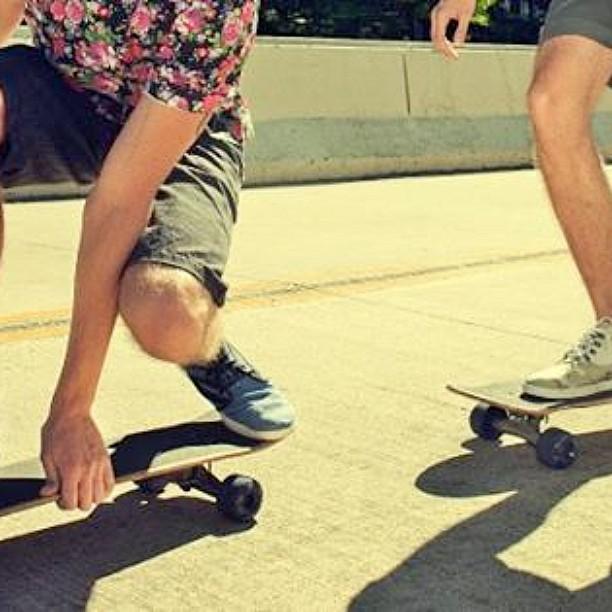 Que mejor manera de terminar el lunes...!!@perkyargentina #skate #skateboard #perkyporai #shoes #alpargatas #antilunes