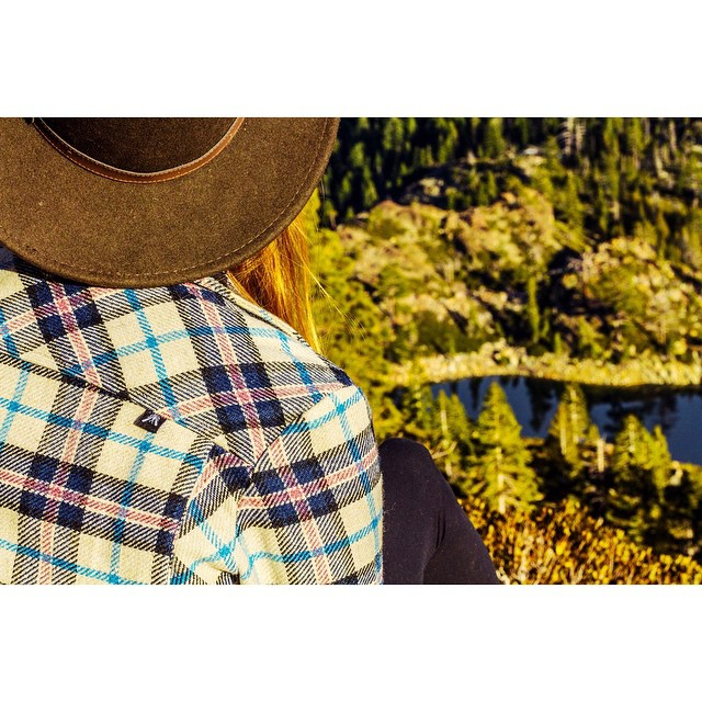 Our @desolationsupply [Waca] Mtn shirt in the Lost Sierra.  _ #DestinationDesolation #desolationsupply #DESO #itswayoutthere #madeinSF
