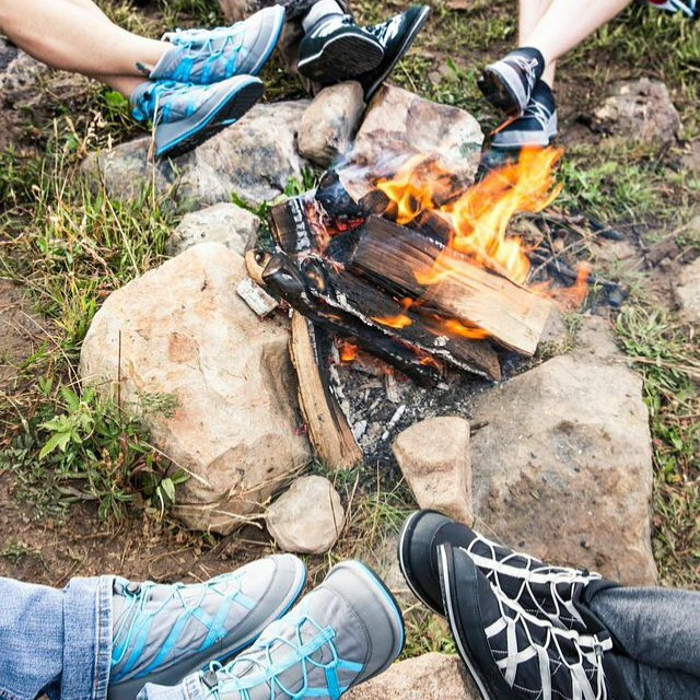 Pakems are not just great for apres skiing!! Perfect for sitting by the fire on your next camping trip!! What's your next adventure!!!#campinglife #relaxhappy  #bekind #livelife