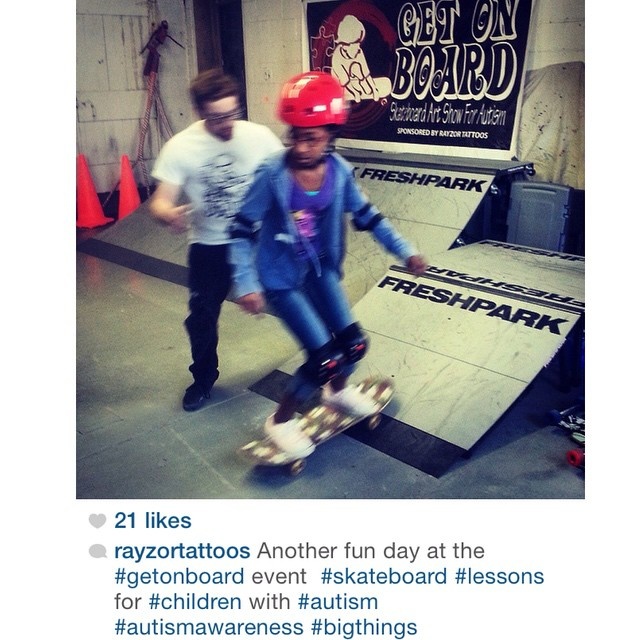 Another great repost by @rayzortattoos #getonboard #freshpark #skate