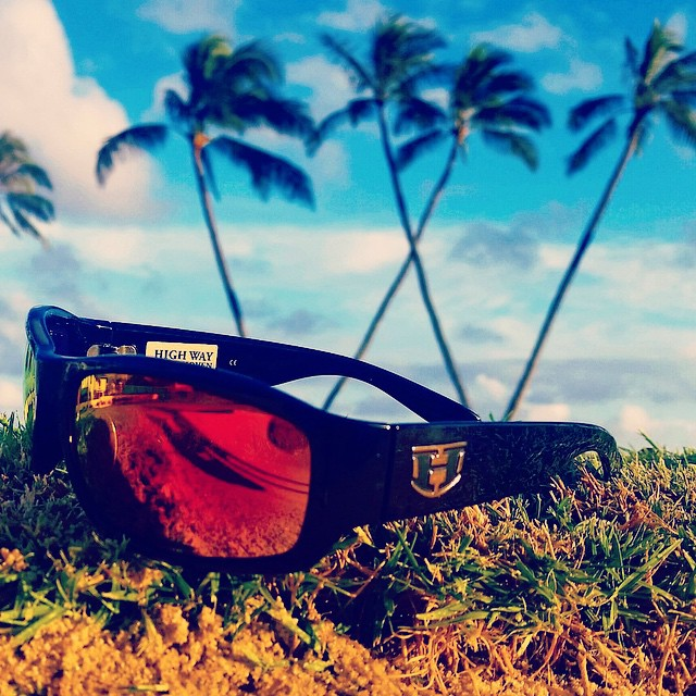 || ALOHA Tuesday comin' atcha from the HIGHWAY || #hovenvision #neversettle #beach #surf #sun #paradise #relax #tacotuesday #aloha #polarized