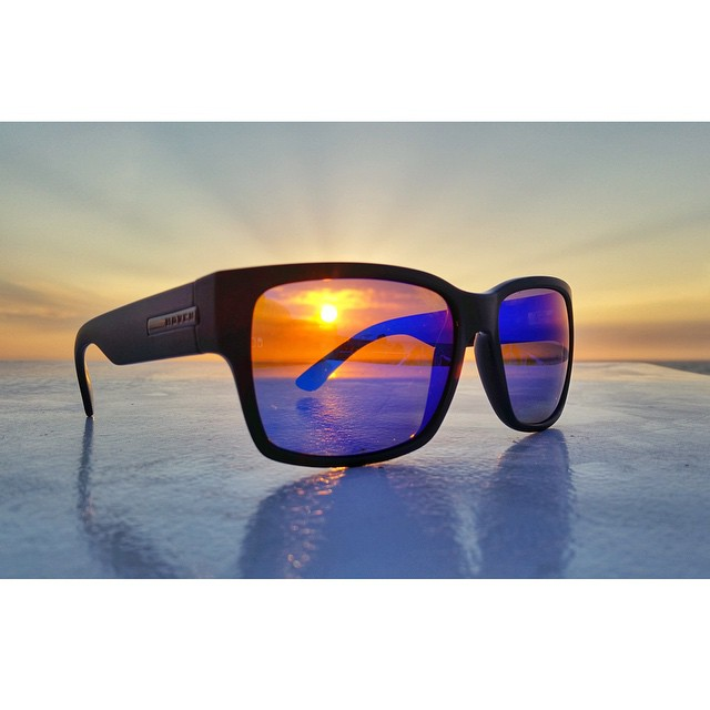 || See The World With A Vision || #hovenvision #neversettle #sunset #paradise #surf #beach #vision #hawaii #polarized #mosteez