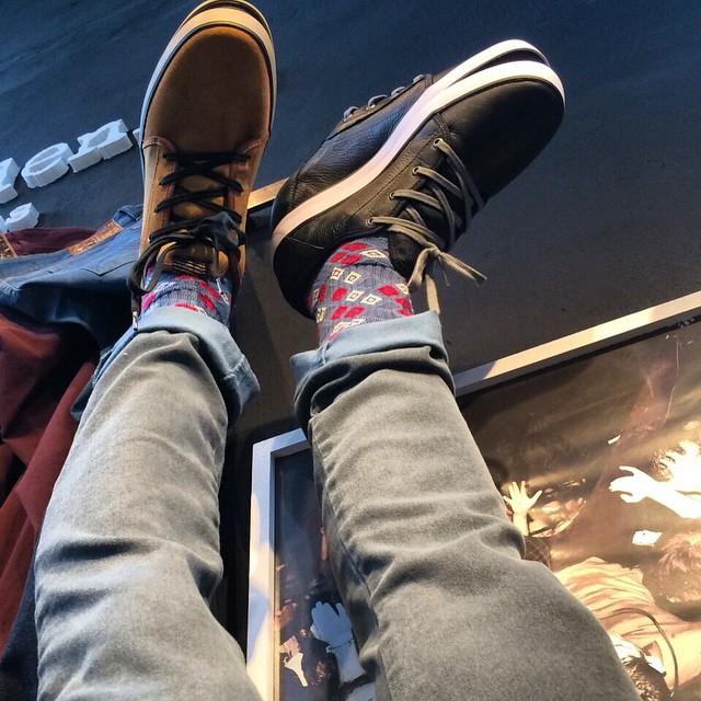 Volcom Brand Jeans y Grimm en algunos de los colores disponibles! #VolcomFootwear #AW15 #TrueToThis #VolcomStores