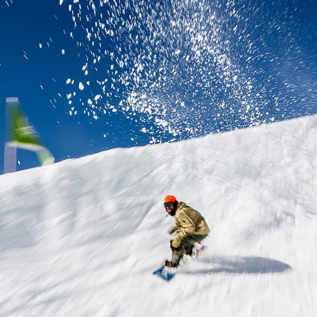 Repost from @twsnow of @travelindan totally #shredding it! #stokedmoment